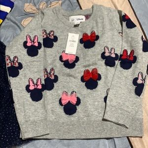Minnie Mouse gap sweater